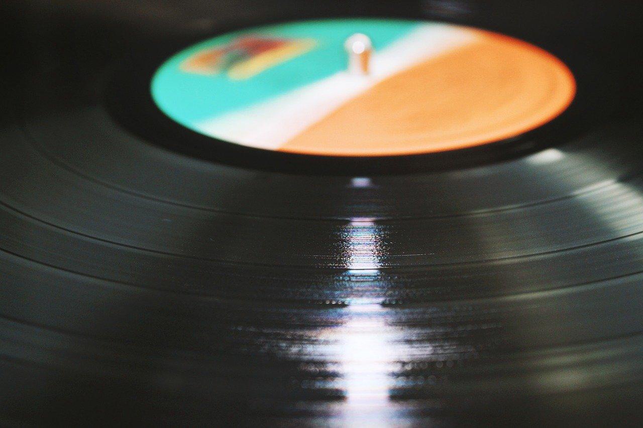 album, vinyl, record player
